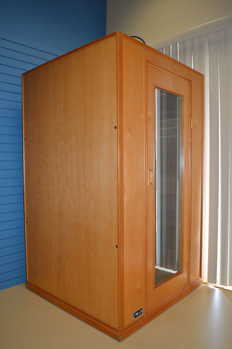 Infrared Sauna With Salt Wall In Nh Hotel Zandvoort The: Infrared Sauna Therapy At Berton Physiotherapy